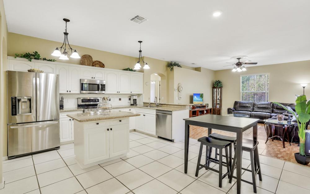 1545 Honor Ct, Lehigh Acres - Home For Sale 62865175