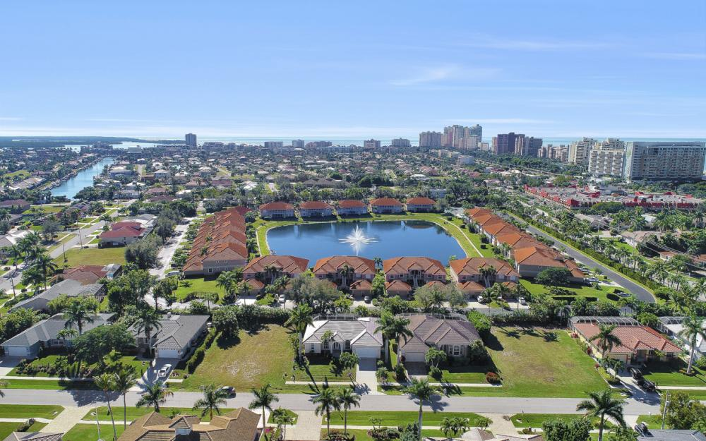 1033 Fieldstone Dr, Marco Island - Vacation Rental  1948779650