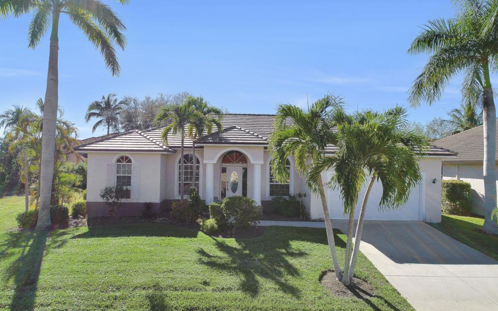 1033 Fieldstone Dr, Marco Island - Vacation Rental  508325043