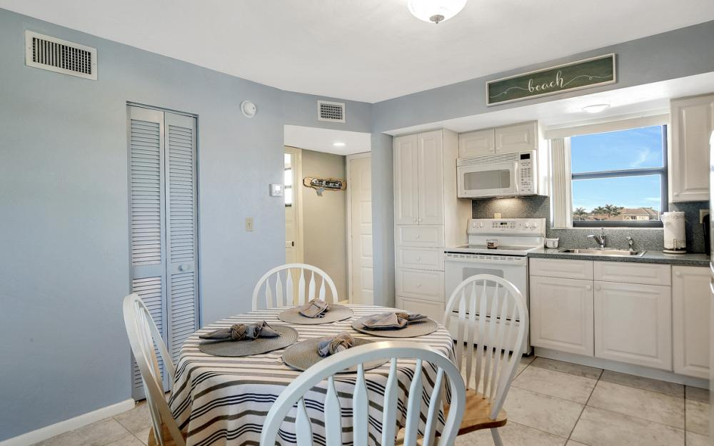 1031 Anglers Cove #405, Marco Island - Vacation Rental 1020276838