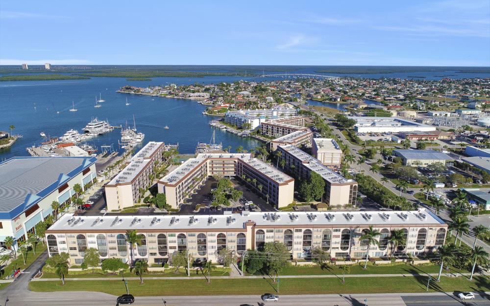 1031 Anglers Cove #405, Marco Island - Vacation Rental 898289318