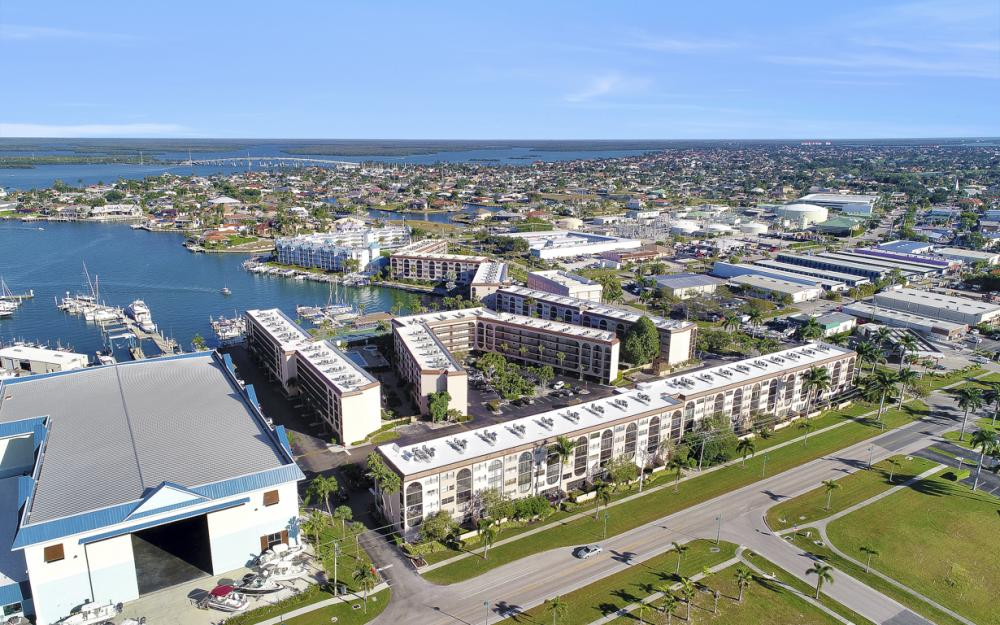 1031 Anglers Cove #405, Marco Island - Vacation Rental 2066921188