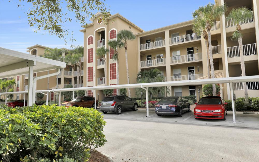 7505 Stoneybrook Dr. #735 Naples - Condo For Sale 178017307
