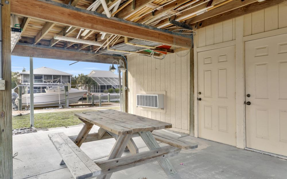 2259 Cactus Point Ln, St James City - Vacation Rental 1990173565