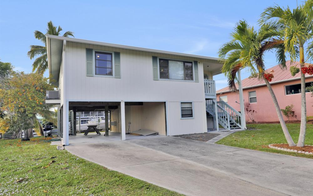 2259 Cactus Point Ln, St James City - Vacation Rental 493287686