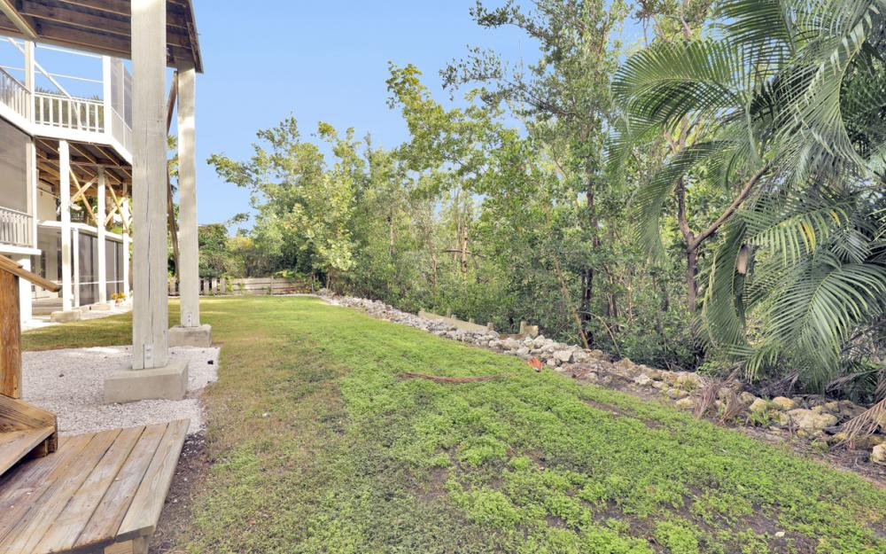 2003 Sheffield Ave, Marco Island - Home For Sale 1928668757