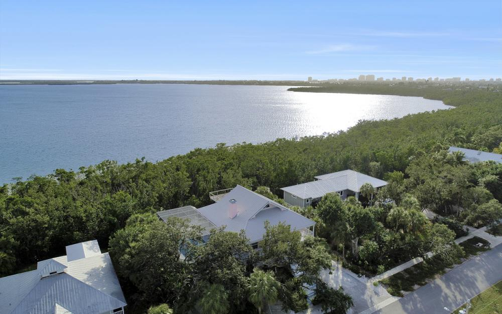2003 Sheffield Ave, Marco Island - Home For Sale 929378871