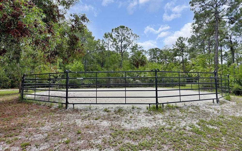 215 Auto Ranch Rd, Naples - Horse Farm For Sale 306875776