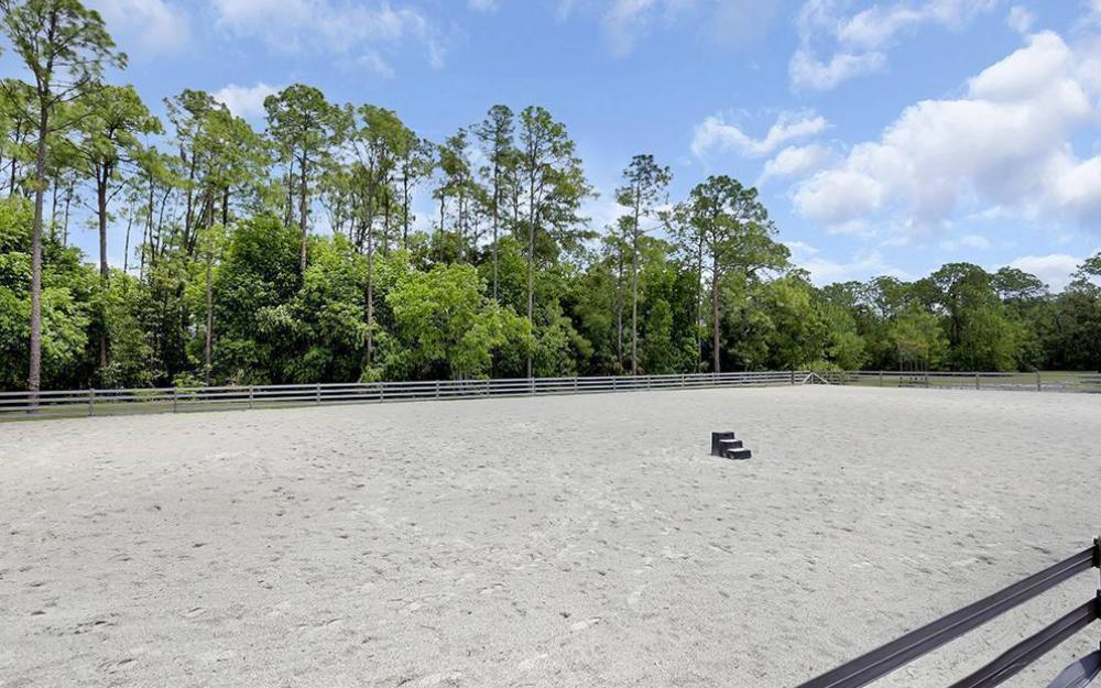 215 Auto Ranch Rd, Naples - Horse Farm For Sale 602863104