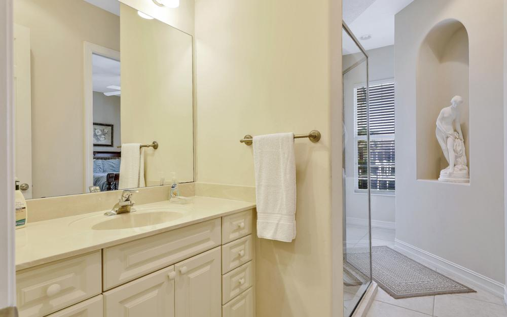 127 Peach Ct, Marco Island - Vacation Rental 894691104