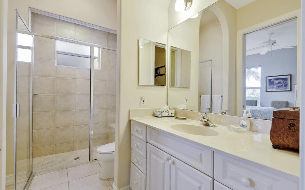 127 Peach Ct, Marco Island - Vacation Rental 265744762
