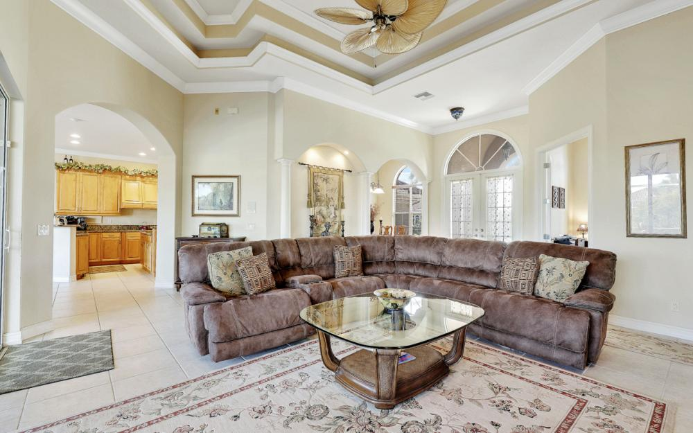 127 Peach Ct, Marco Island - Vacation Rental 25467494