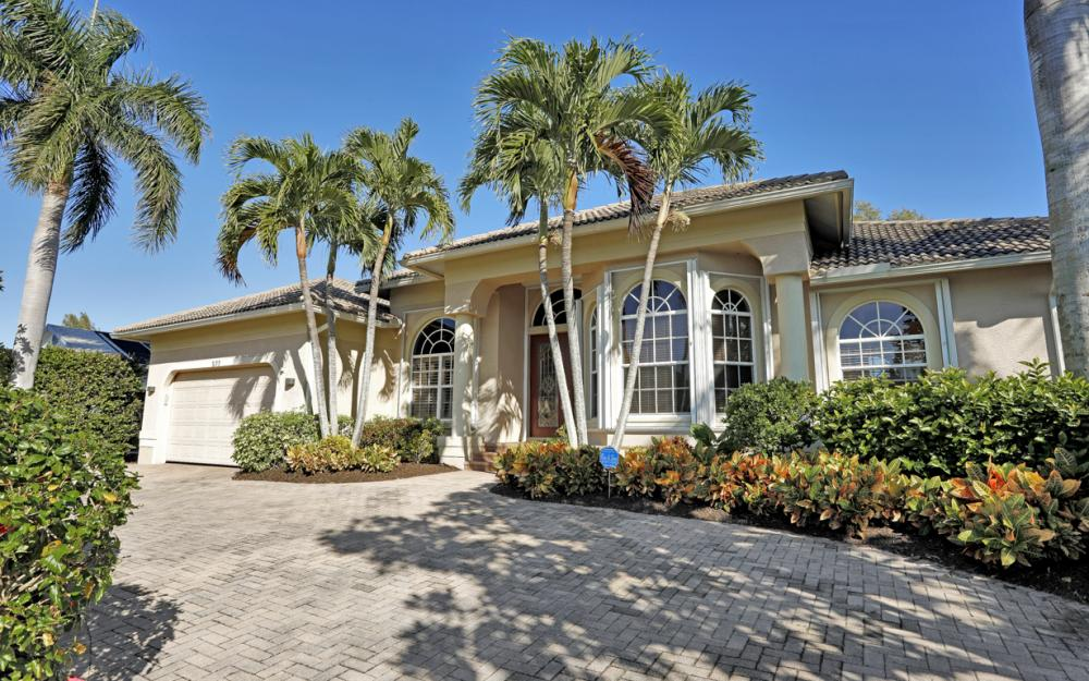 577 Somerset Ct, Marco Island - Home For Sale 1389144777