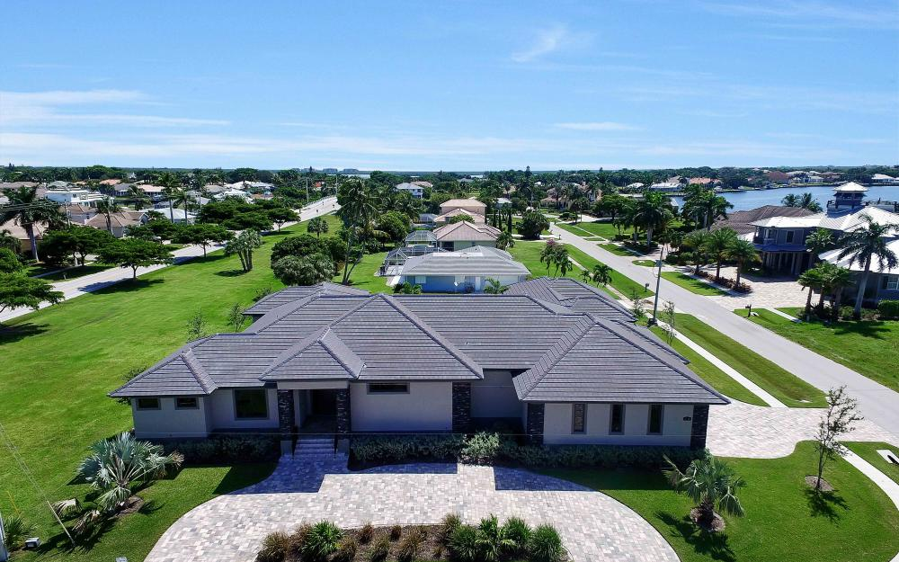 1600 Collingswood Ct, Marco Island - Home For Sale 1287423131