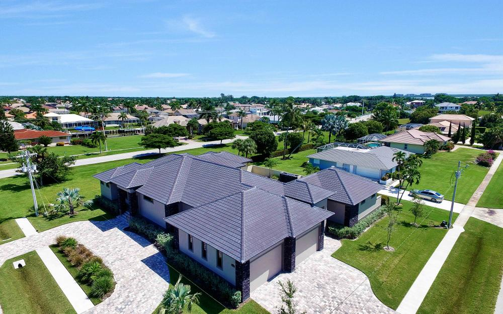 1600 Collingswood Ct, Marco Island - Home For Sale 209969608