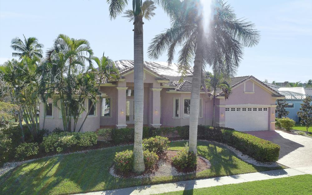 1041 Winterberry Dr, Marco Island - Home For Sale 229089049