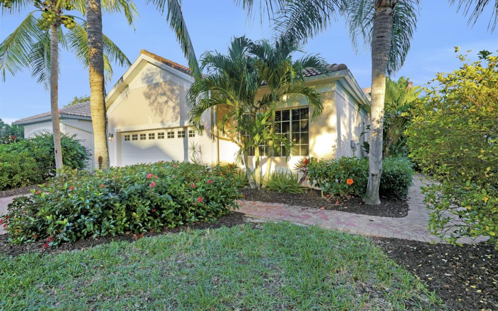 14596 Glen Eden Dr, Naples - Home For Sale 536038237