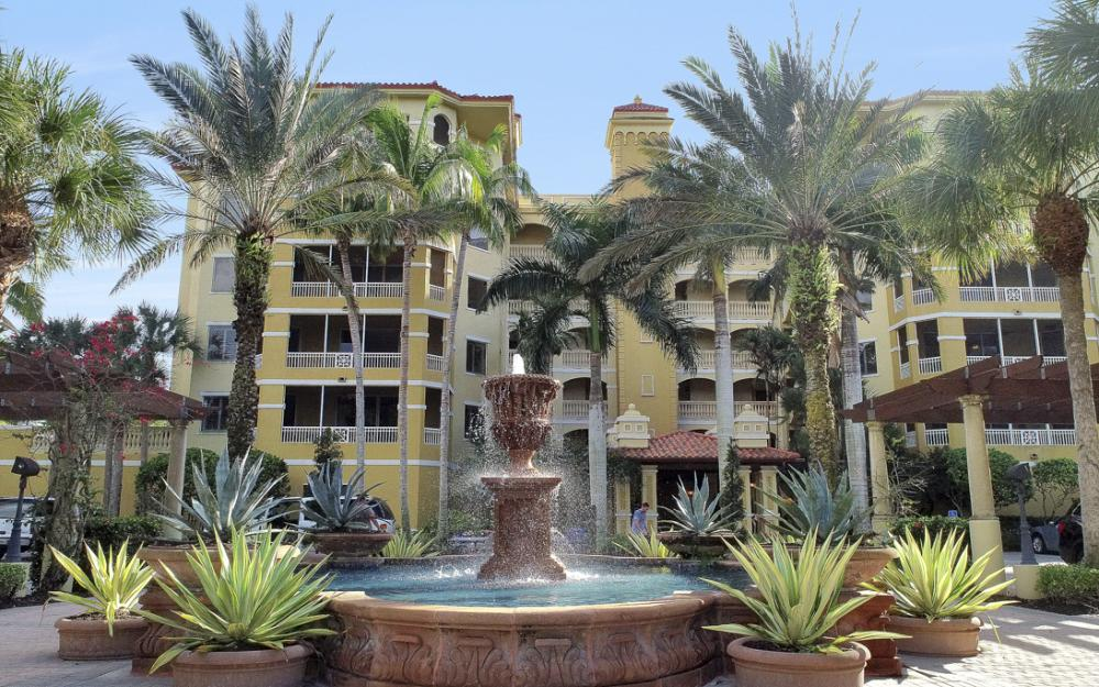 2738 Tiburon Blvd E #B-406, Naples - Condo For Sale 484777063