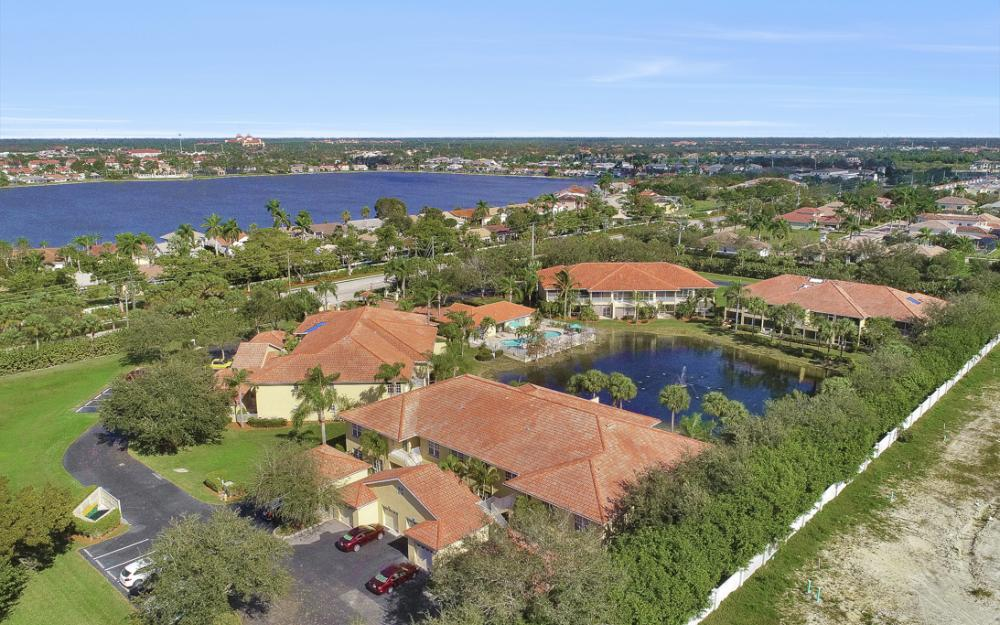 2110 Cay Lagoon Dr #123, Naples - Condo For Sale 617615239