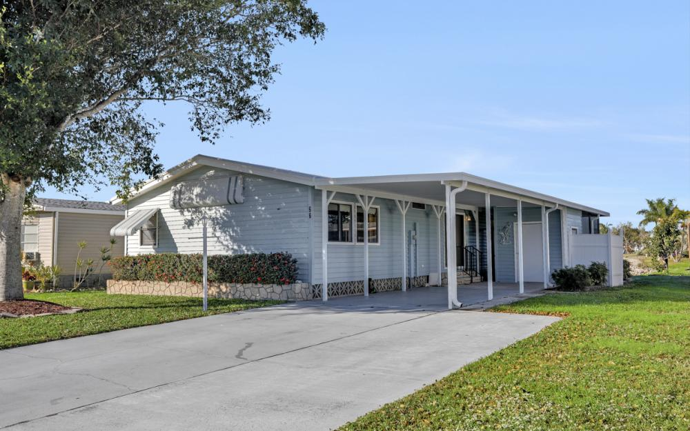 27 Lake Diane Dr, Naples - Home For Sale 897987505