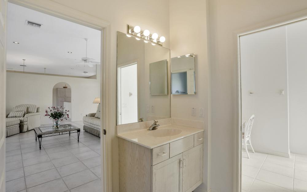 540 Shalimar St, Marco Island - Home For Sale 914686234
