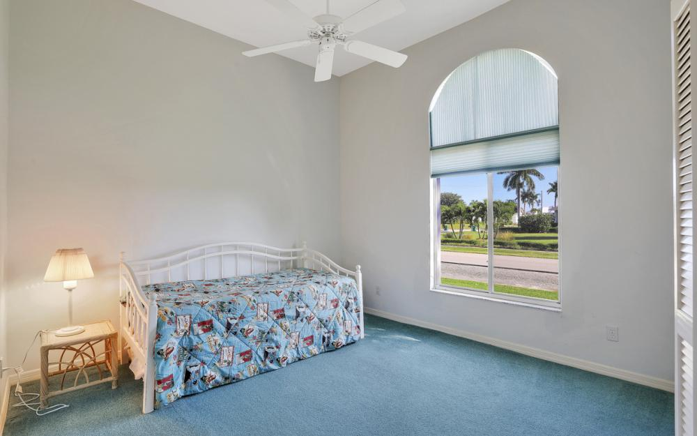 540 Shalimar St, Marco Island - Home For Sale 1702321600