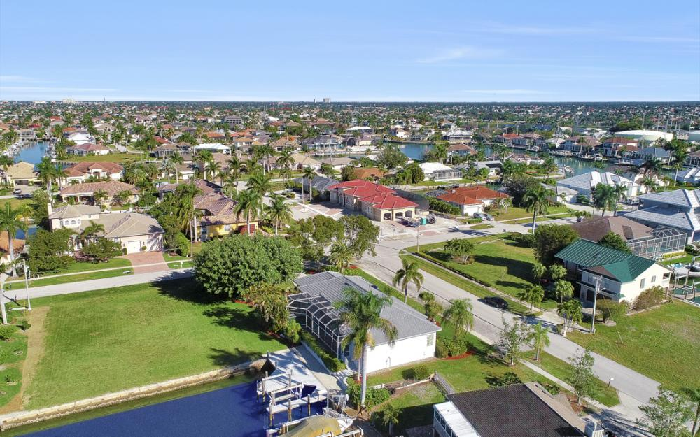 540 Shalimar St, Marco Island - Home For Sale 424076113