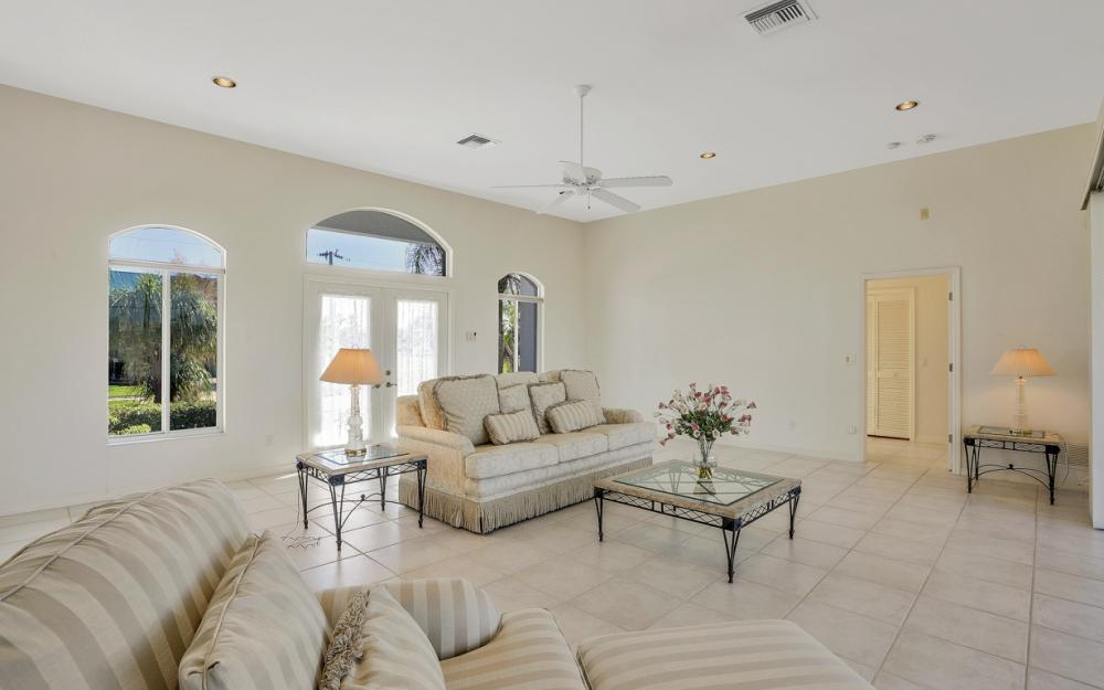 540 Shalimar St, Marco Island - Home For Sale 736790701