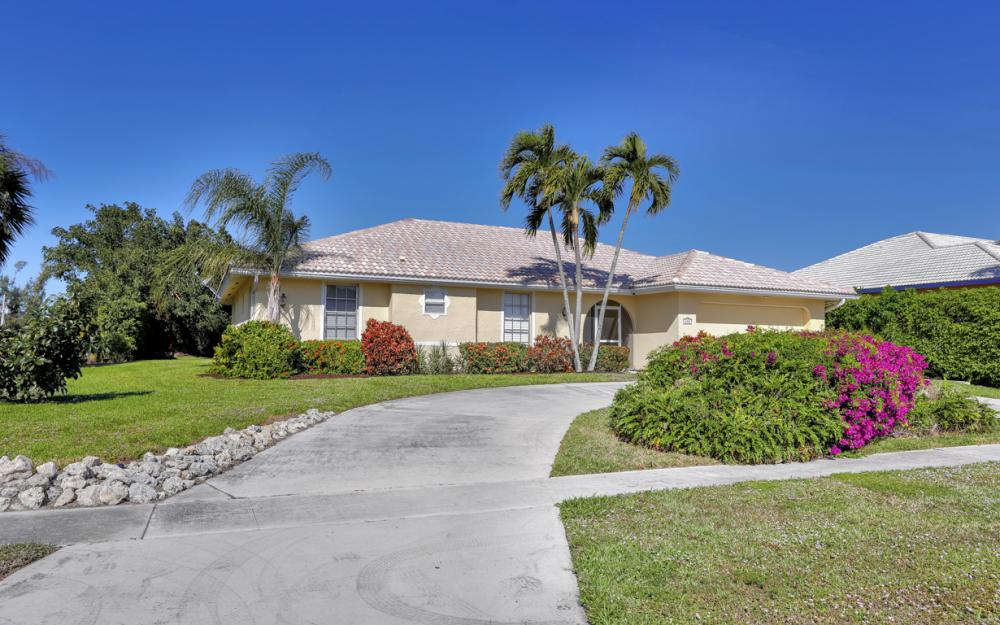 600 Dorando  Ct, Marco Island - Home For Sale 855204595