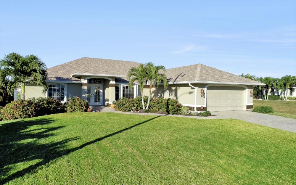 3313 NW 3rd Ter, Cape Coral - Home For Sale 530597758