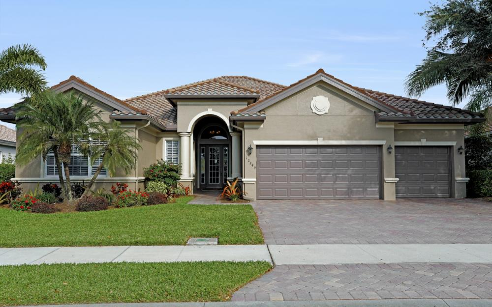 12849 Kingsmill Way, Ft Myers - Home For Sale 1087431791