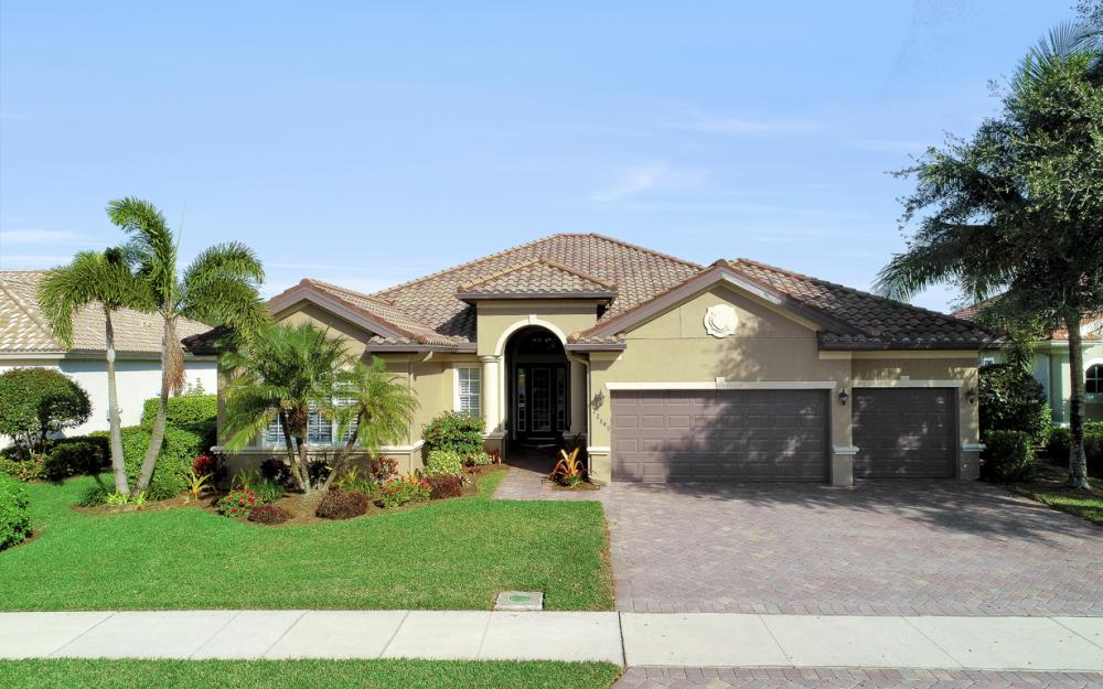 12849 Kingsmill Way, Ft Myers - Home For Sale 748528982