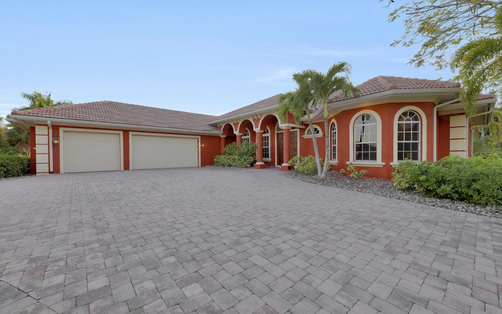 15510 Old Wedgewood Ct, Fort Myers - Home For Sale 2145950890