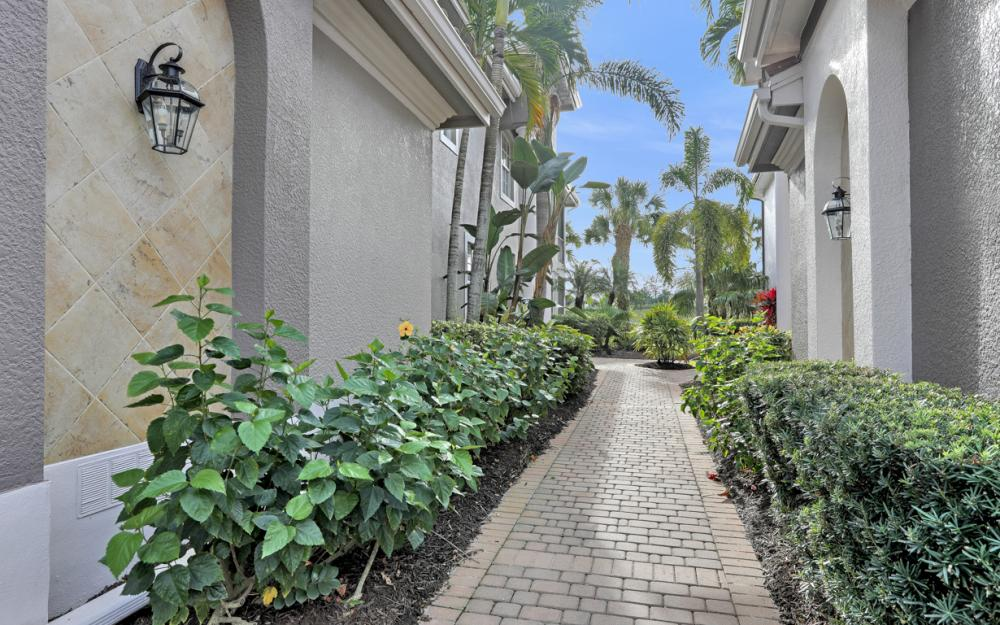 9311 Triana Ter #2, Fort Myers - Condo For Sale 979068028
