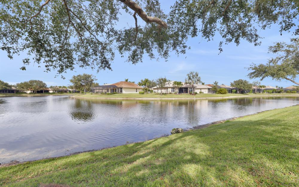 6719 Crowned Eagle Ln, Naples - Home For Sale 294947837