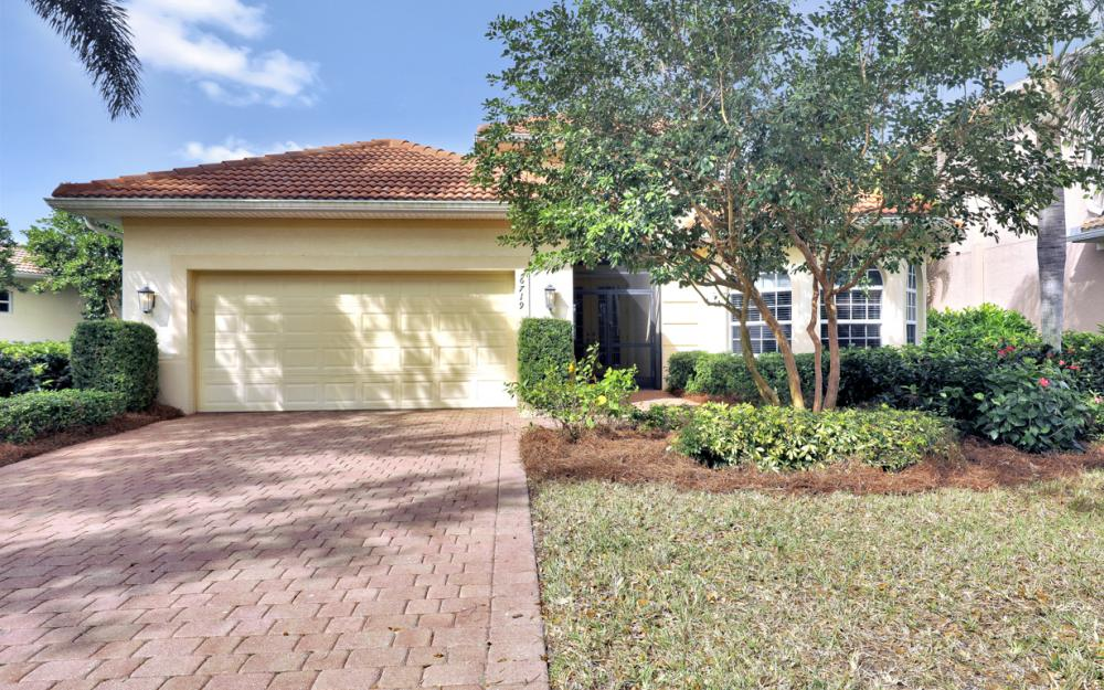 6719 Crowned Eagle Ln, Naples - Home For Sale 892336577
