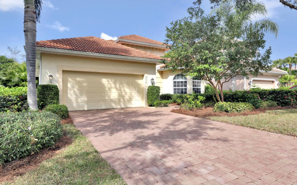 6719 Crowned Eagle Ln, Naples - Home For Sale 1924868631