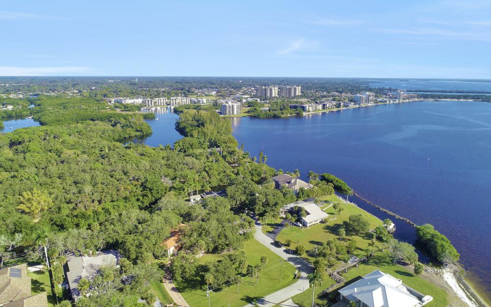 20 Skyline Dr, N. Fort Myers - Home For Sale 1370117840