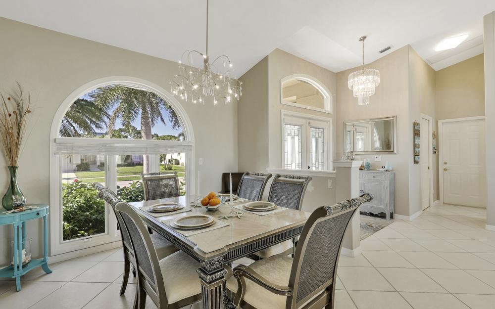 37 Templewood Ct, Marco Island - Home For Sale 438327974