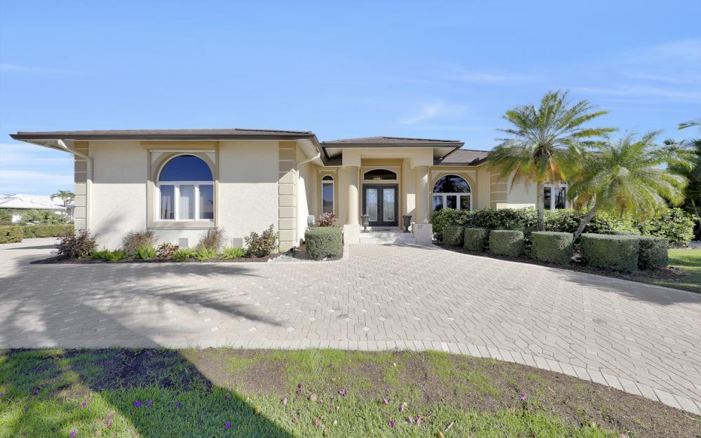 37 Templewood Ct, Marco Island - Home For Sale 7588257