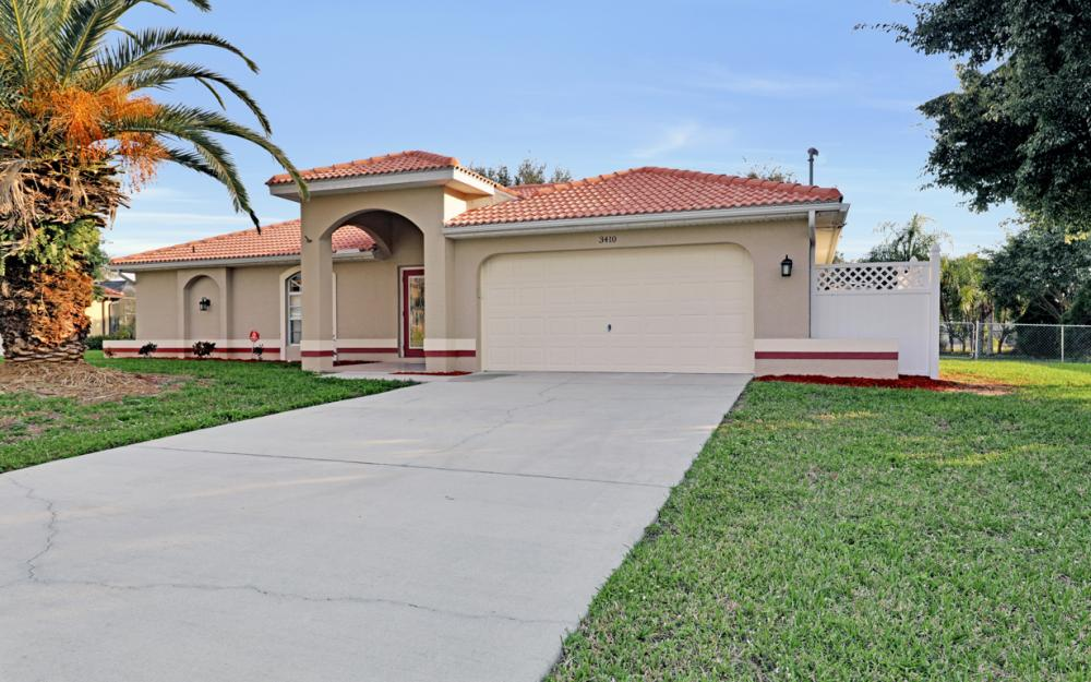 3410 NW 9th Terrace, Cape Coral - Home For Sale 471725326