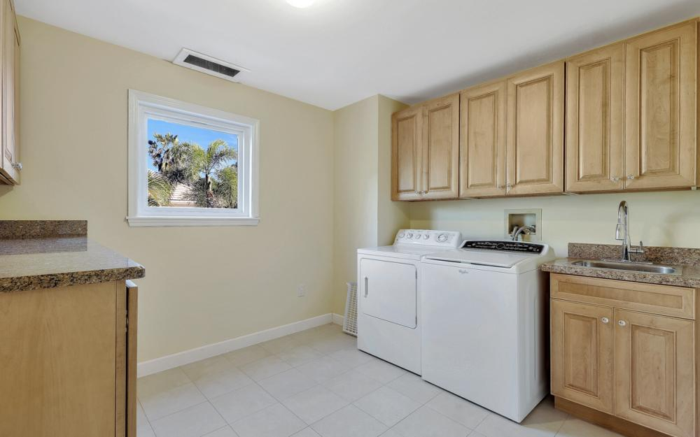 16200 Forest Oaks Dr, Fort Myers - Home For Sale 994199076