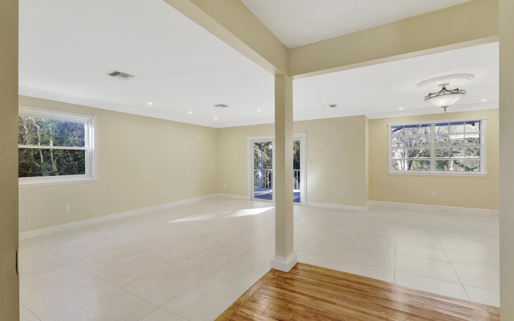 16200 Forest Oaks Dr, Fort Myers - Home For Sale 1029482360