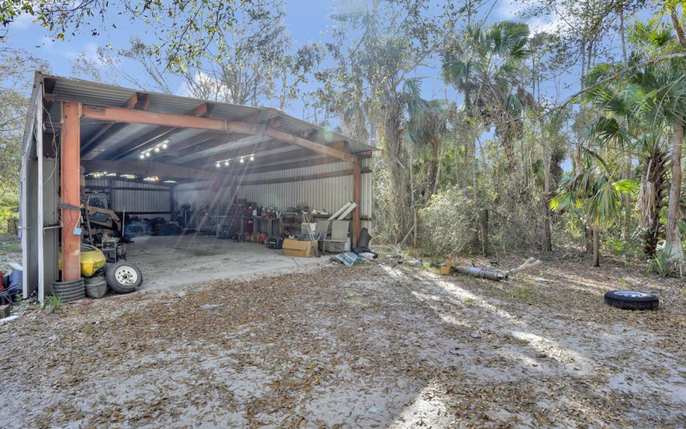 2560 4th Ave NE, Naples - Home For Sale 2092334237