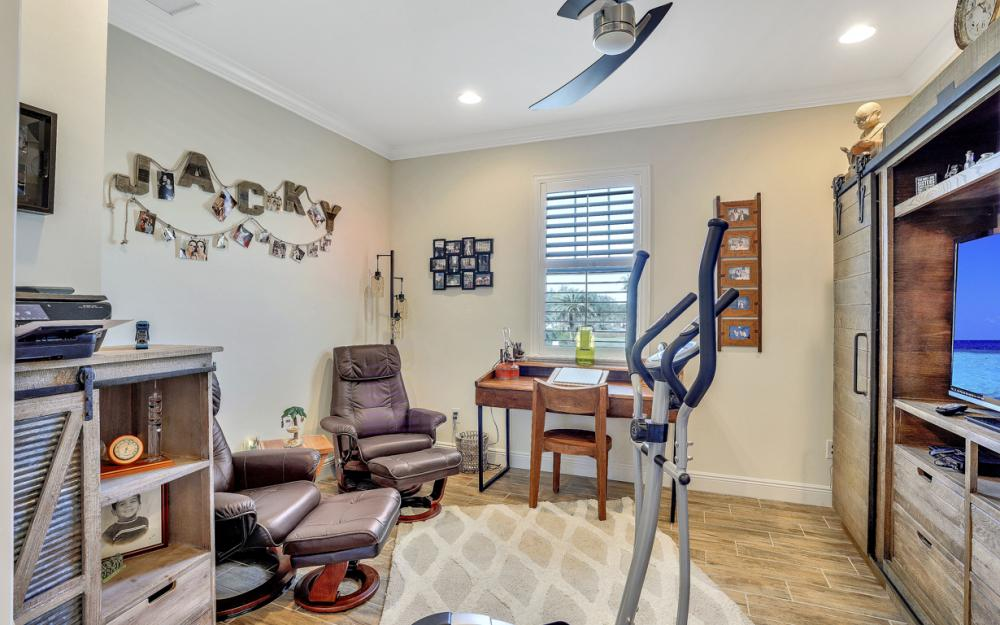 6934 Avalon Circle #405 Naples - Condo For Sale 994993403