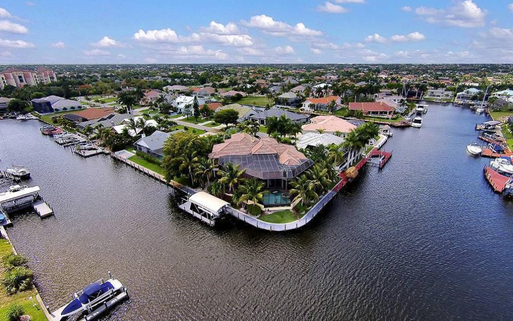 1504 SW 57th St, Cape Coral - Home For Sale 43903967