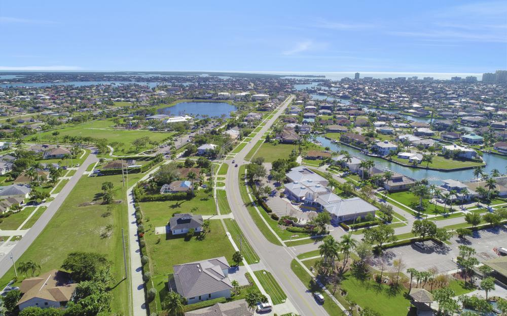 193 S Heathwood Dr, Marco Island - Home For Sale 1509376913