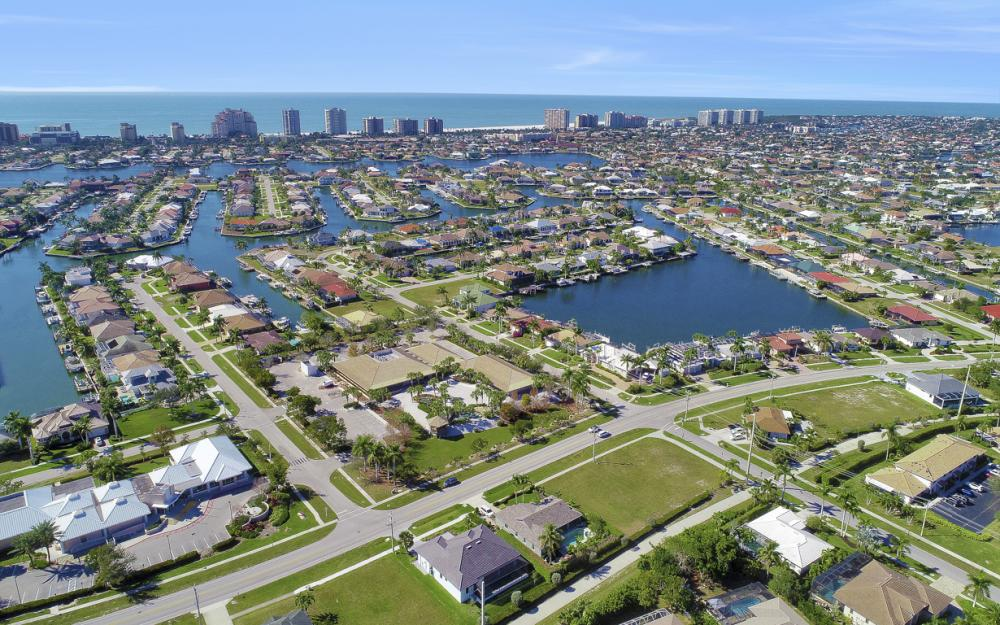 193 S Heathwood Dr, Marco Island - Home For Sale 1832542204