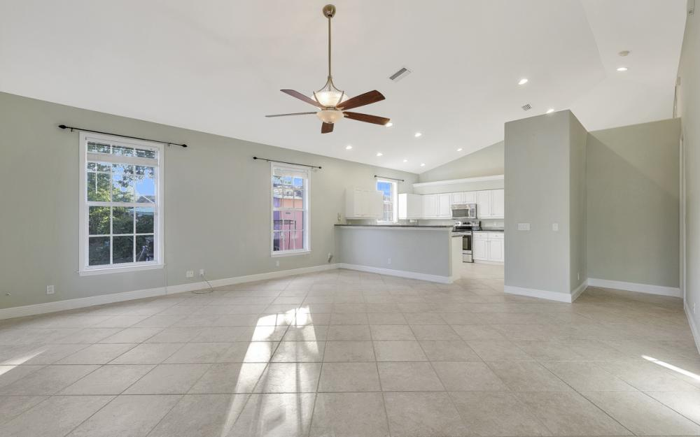 727 110th Ave N, Naples - Home For Sale 2136335158