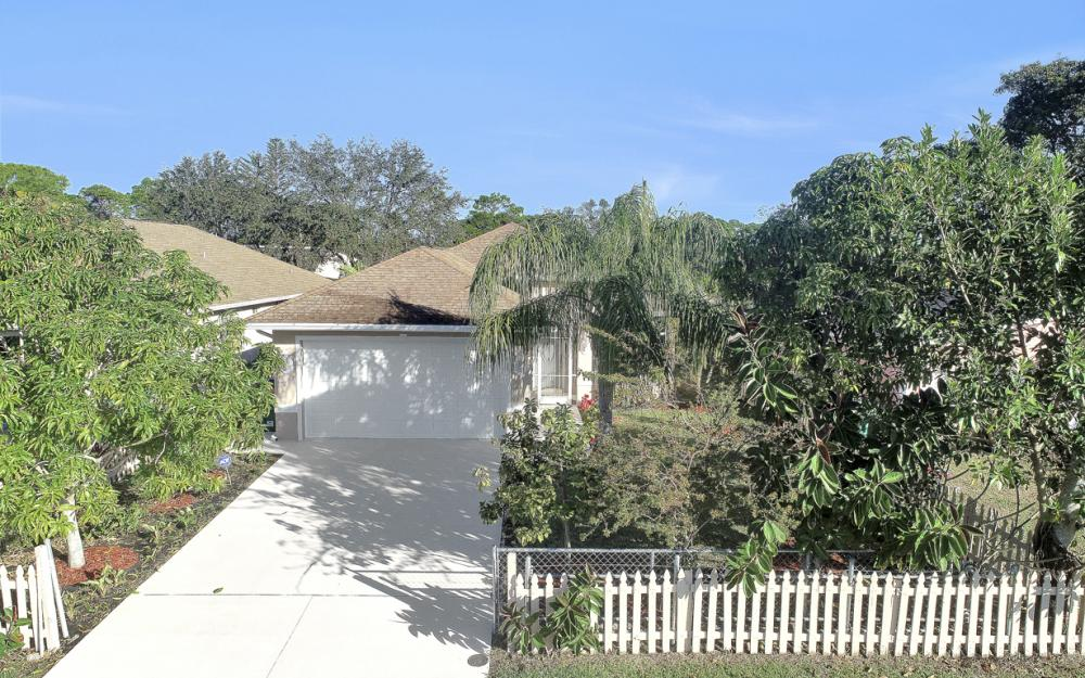 727 110th Ave N, Naples - Home For Sale 1689949274